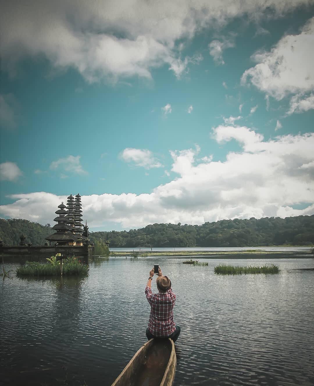 tamblingan-lake-bali