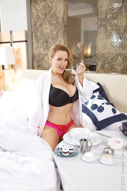 Jordan-Carver-Breakfast-Photo-Shoot-HD-Image-4