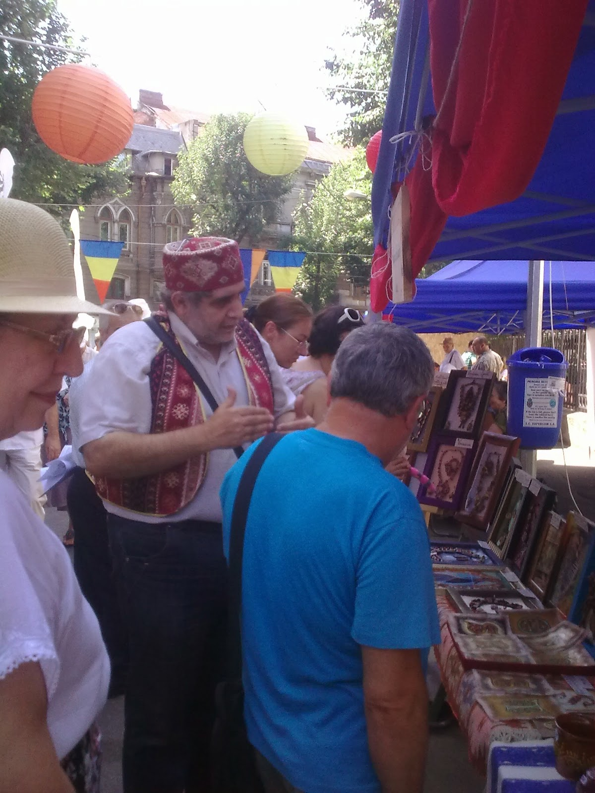 """imagine de la festivalul """"Strada Armenească"""""""