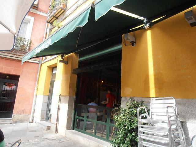 Talleres retiros y creceviajando flyingbroom for Restaurante la mucca madrid calle prado