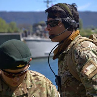 http://www.infodefensa.com/latam/2014/11/13/noticia-armada-chile-concurso-adquirir-trajes-combate.html