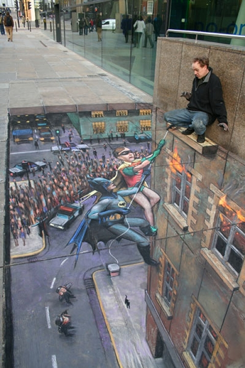 01-Batman-and-Robin-Julian-Beever-3D-Pavement-Drawings-Anamorphic-Illusions-www-designstack-co