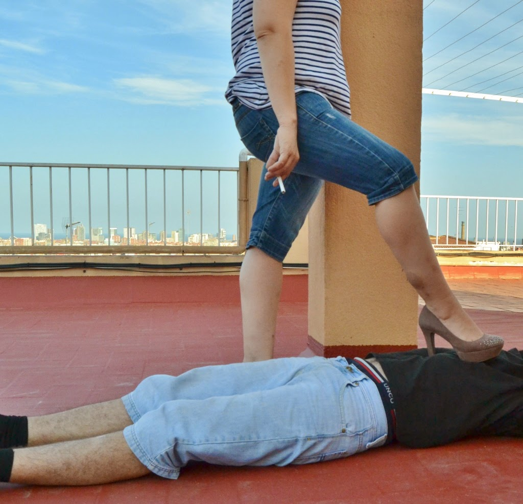 crushandtrampling: Trampling with high heels and jeans 1