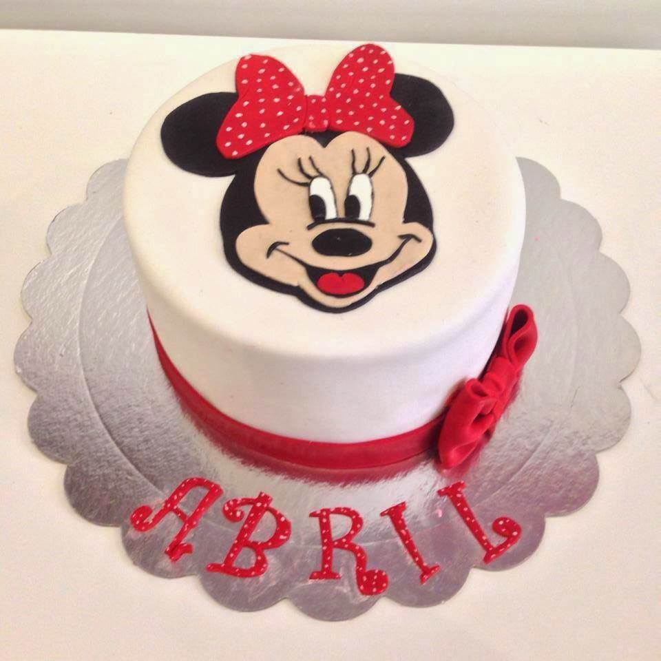 Tarta Minnie Mouse fondant