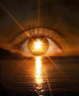 Resultado de imagem para lampada deus olhos