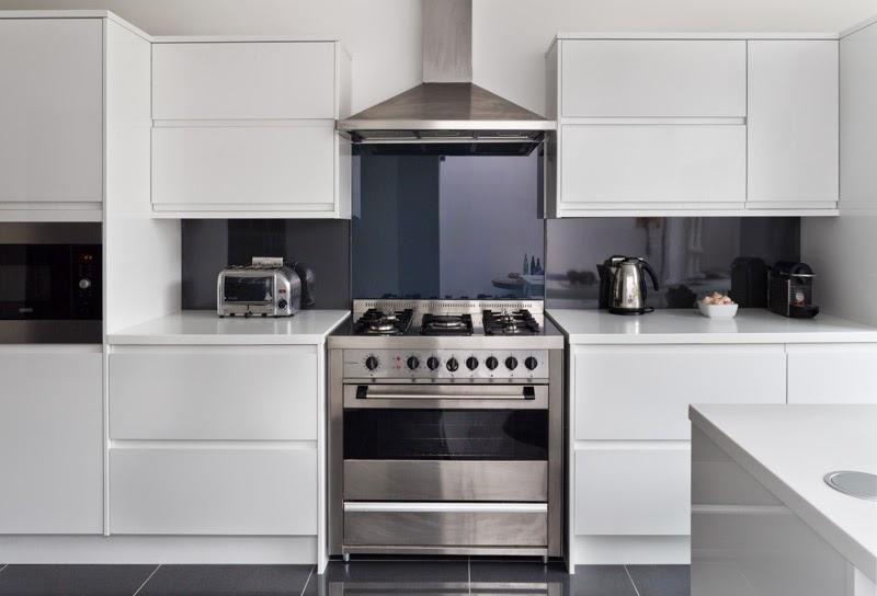 Projeto de uma cozinha  Um armário de cozinha