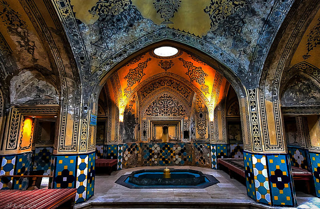 Sultan Amir Ahmad Bathhousegorgeous structure is one of the most beautiful and best preserved historic bathhouse in Iran today