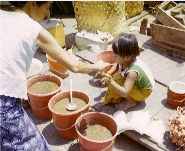 Маленькая столовая в Таиланде