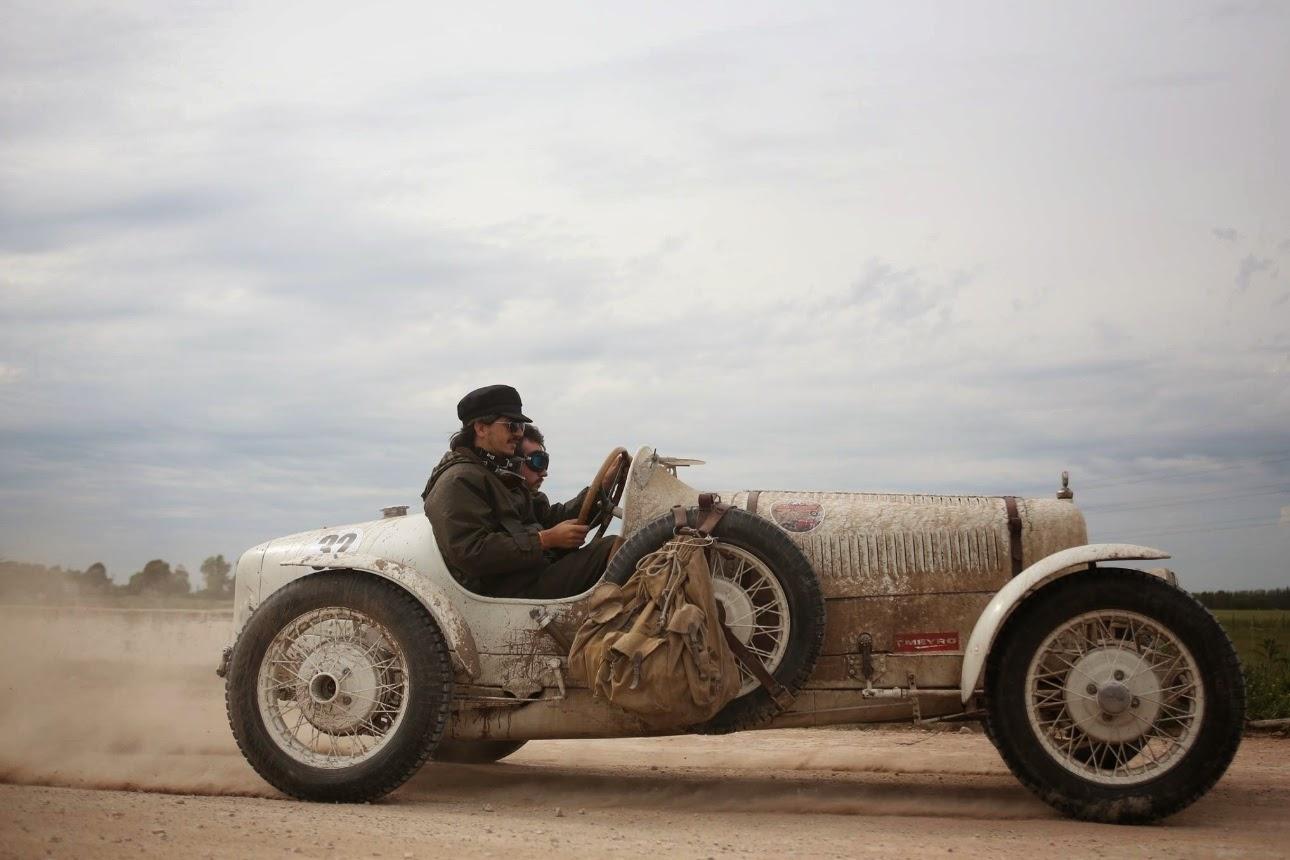 Ford, Bugatti, Chevrolet: não importa a marca para compor um Baquet.