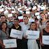 Mauricio Vila entrega el certificado número 5,000 de acciones de vivienda