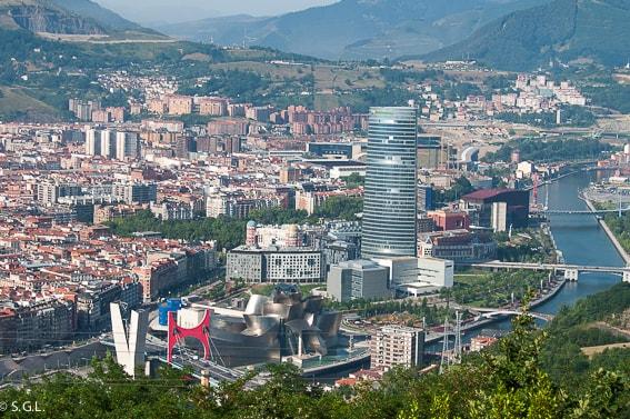 Panoramica de Bilbao desde el monte Artxanda