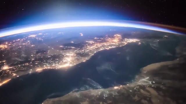 hДень космонавтики, коллекция, космос, праздники, праздники профессиональные, апрель, праздники весенние, пространство космическое, Юрий Гагарин, СССР, полеты в космос, праздники апреля, ракетостроение, космонавтика, вселенная, весна, ttp://prazdnichnymir.ru/