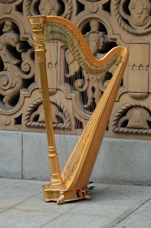 Loveisspeed Harp Art