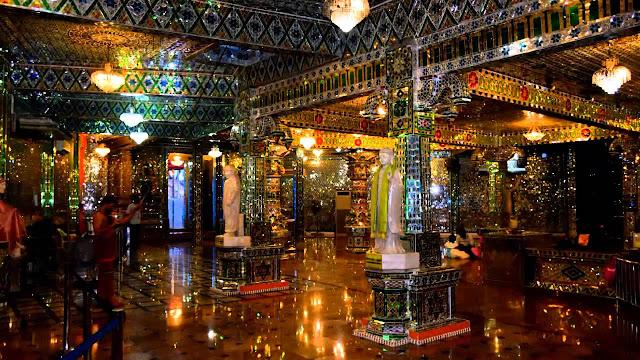 Arulmigu Sri Rajakaliamman Glass Temple, Malaysia