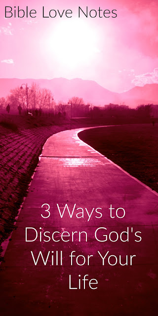 Sometimes we're confused about God's will. Here's 3 Biblical principles that can help us discern His specific will for us. #BibleLoveNotes #Bible #Biblestudy