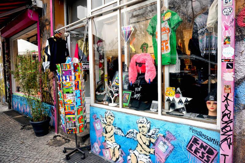 zwiedzanie Berlina, co zobaczyć w Berlinie, street art Berlin, sztuka uliczna w Berlinie, Kreuzberg, grafitti Berlin