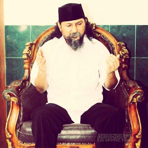 Rahasia Gusti Allah Mengirim Wali Nyeleneh Kepada Umat Nabi Muhammad