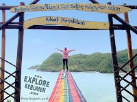 Wisata Unik Pantai Patemon Kebumen