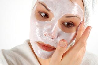 Non-Natural and Natural Acne Treatments