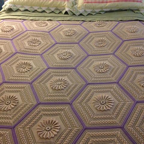 Vintage Marguerite Bedspread