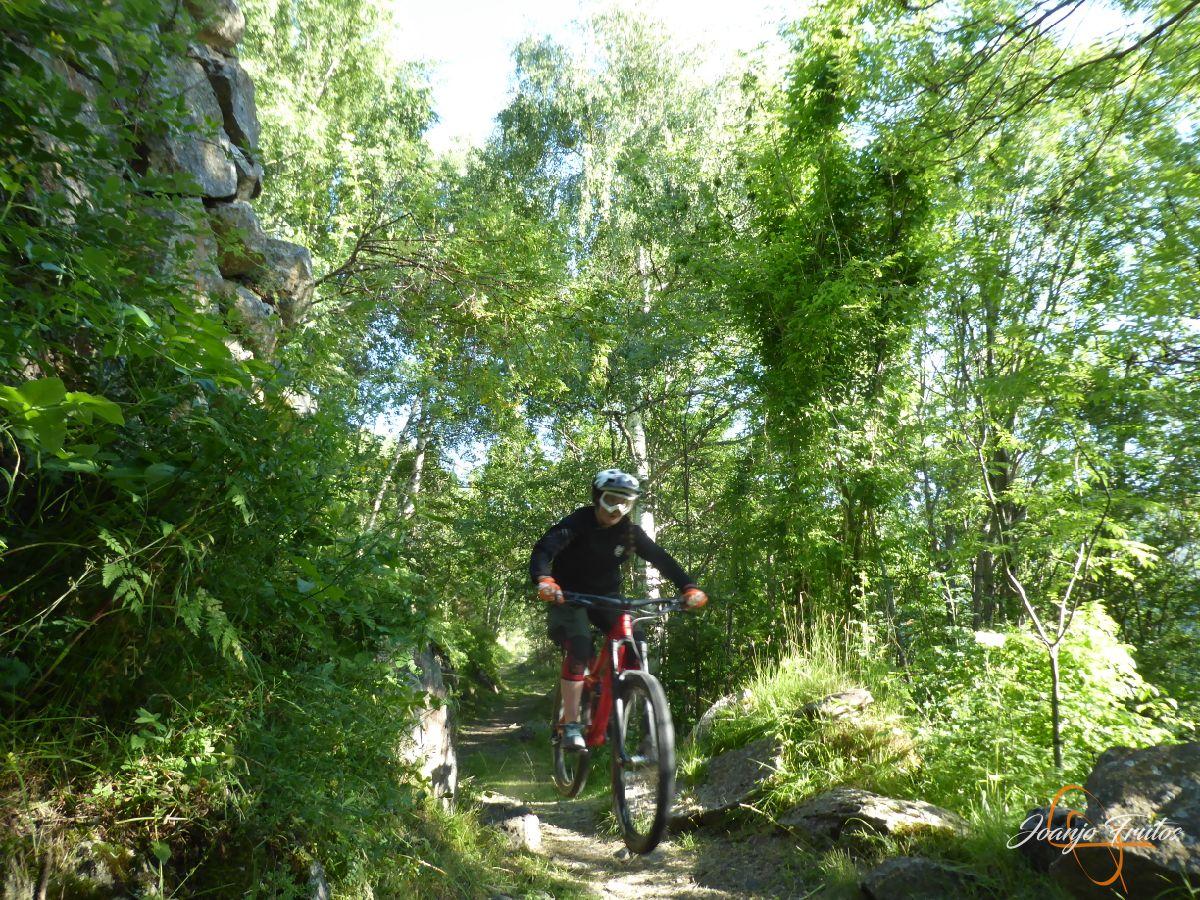 P1150902 - Más mountain bike postureo