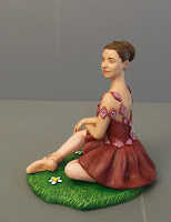 statuina ritratto realistico ragazza ballerina statuetta torta compleanno orme magiche