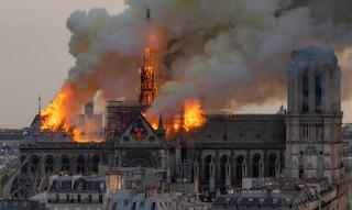 Παναγία των Παρισίων: Μυστήριο με τη φωτιά – Οι εργασίες είχαν ολοκληρωθεί 1,5 ώρα νωρίτερα!