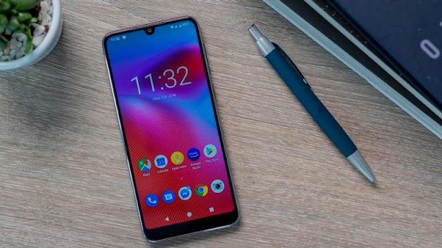 1. هاتف Vodafone Smart V10