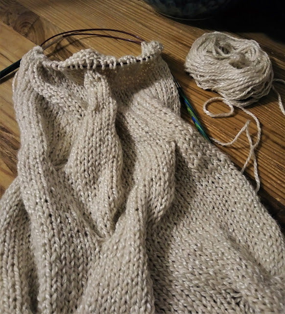 Burberry cowl knit with Berroco Ginko from Center of the Yarniverse.