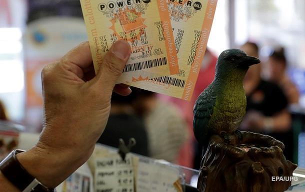 Житель США дочекався виграшу в лотерею, використовуючи одні й ті ж цифри 18 років