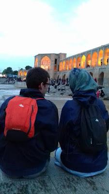 viajeros visitando Irán