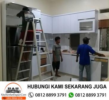 Jasa Pembuatan Furniture Kitchen Set Area Bogor Hubungi