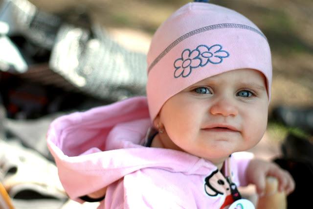 Roztomilá několika měsíční dcerka modelky Lenky.