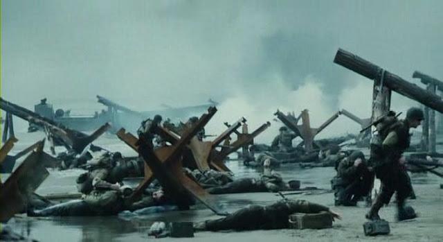 La playa de Omaha llena de soldados aliados