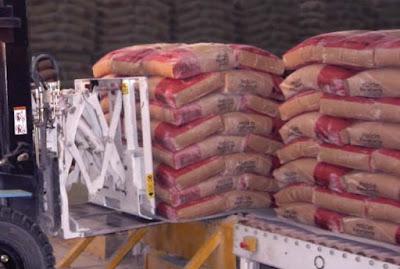 Xe nâng Push Pull ngành thức ăn chăn nuôi
