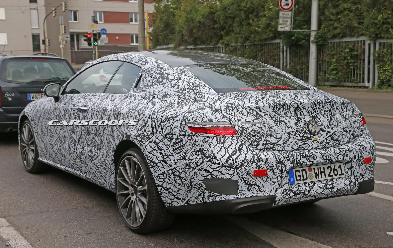 2017-Mercedes-E-Class-CoupeInt9