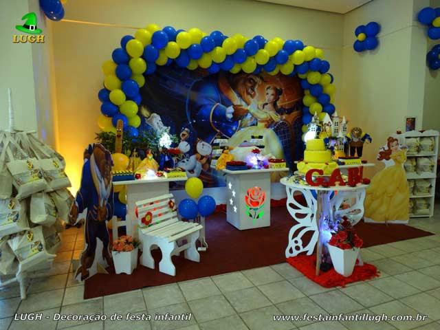 Decoração de aniversário infantil tema Bela e a Fera - Festa na Barra RJ