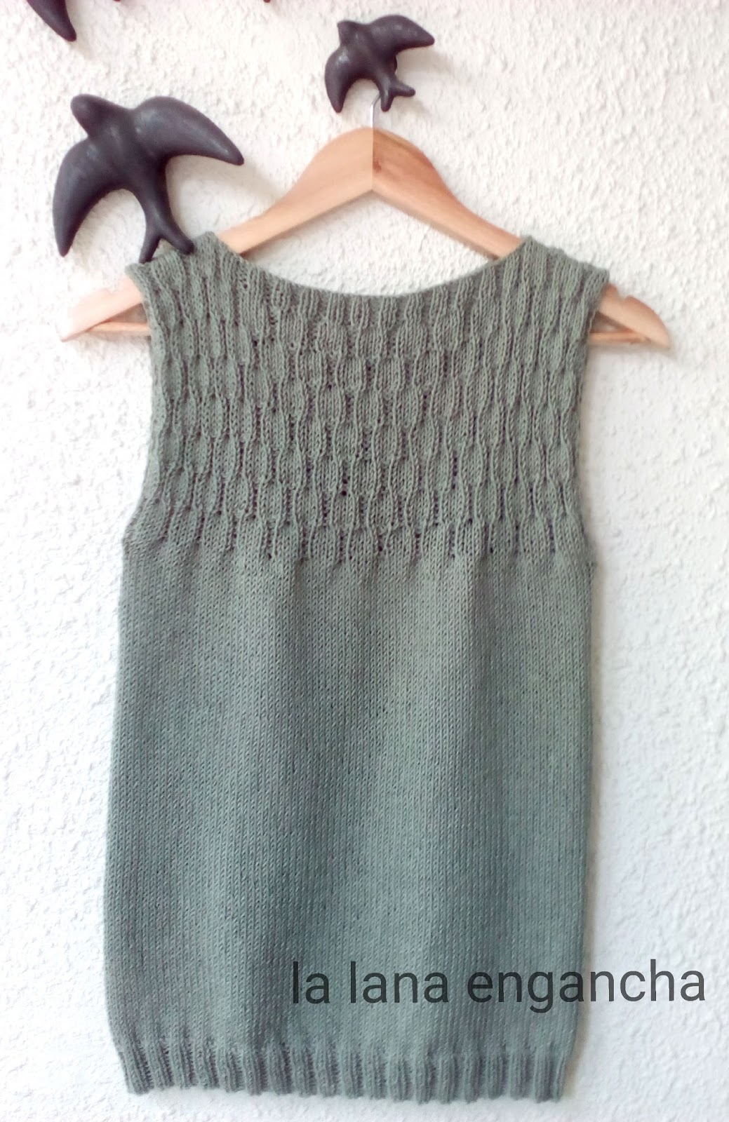La lana engancha: TOP DE VERANO CON AGUJAS CIRCULARES