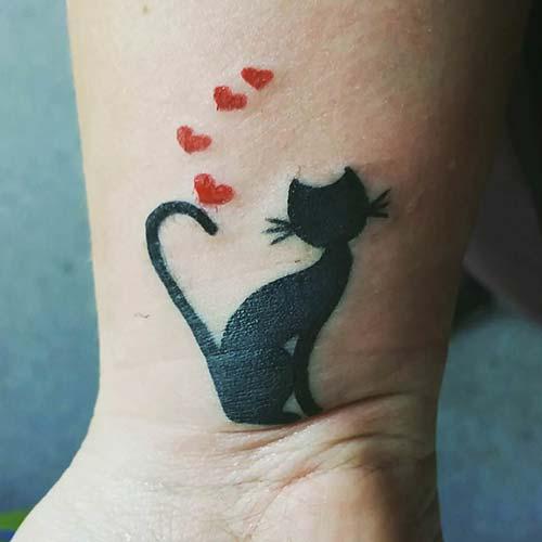 aşık kedi dövmesi lover cat tattoo