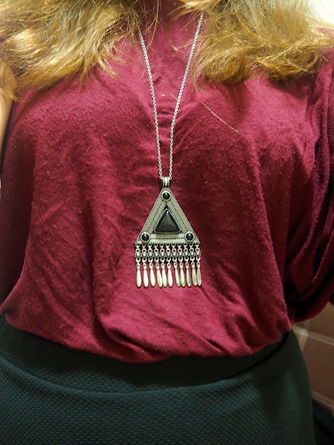Inverted   outfit jewellery details of large black and silver triangle long pendant necklace