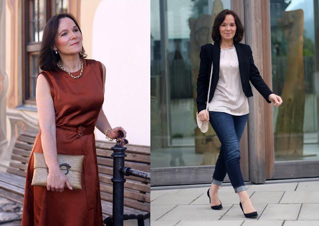 Женщина за 50 в бордовом платье, в джинсах с жакетом