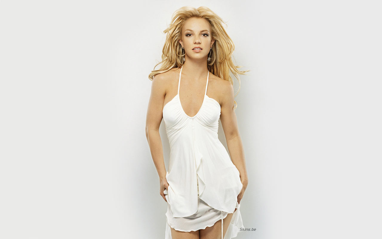 Britney Spears Backless  Photoshoot Britney Spears Bold Pics in Bikini Bra Sexy Hot images in Seducing Poses