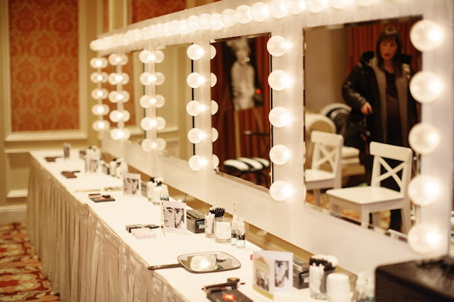 diy hollywood vanities