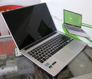 Acer Aspire V5-471PG Touch-Screen