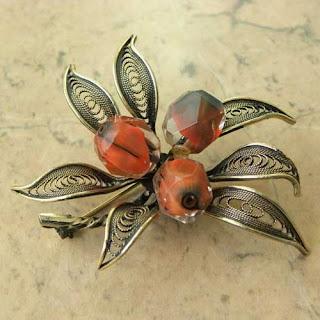 Filigree vintage floral bead brooch