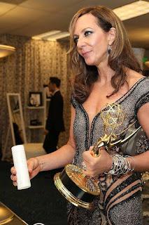 Nu Skin Tuvo el Honor de Participar en la Suite de Regalos Durante la 67 Entrega de los Premios Emmy