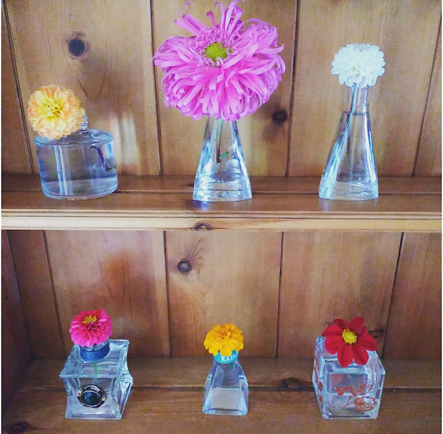 perfect simple flower display