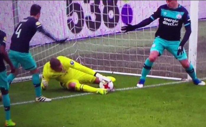 Inconstientul anului - Jeroen Zoet vs Feyenoord