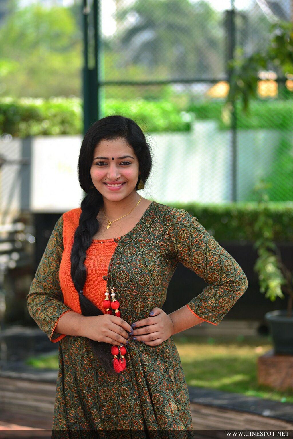 Bold Glamor Beautfull Actress Wallpapers Anu Sithara -1152