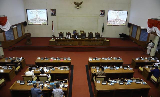 Sekretaris Pansus DPRD Batam Tanggapi Atas Wali Kota Tolak Raperda PKL